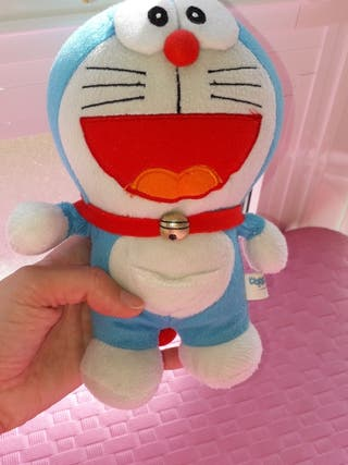 Doraemon peluche