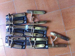 Manillas para puertas, de bronce, lacadas
