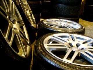 Llantas RS4 NEW 5x100 8x18