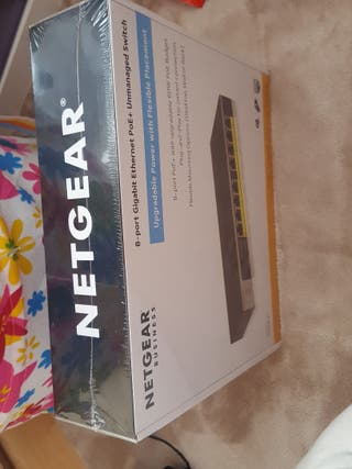 Netgear 8 port Gigabit ethernet PE+