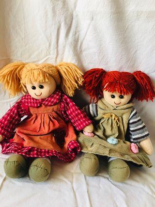 Muñecas famosa nancy
