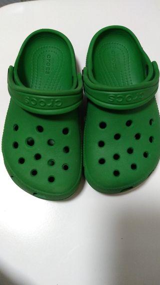 Zuecos Crocs originales, en perfecto estado.