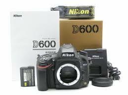 Nikon D600 + 28-300 + flash SB700 + grip + 32Gb SD