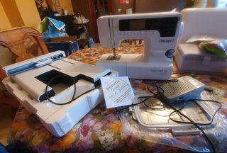 maquina de coser y bordar