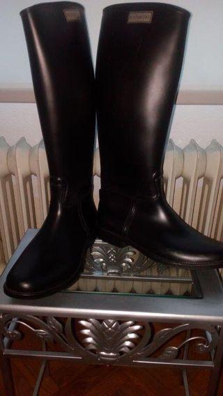 Botas de agua hispanitas negras