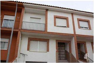 Casa adosada en venta en Madridejos