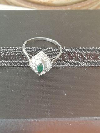 anillo vintage oro blanco diamonds y esmetalda