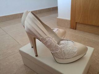 Zapatos novia talla 40 Menbur