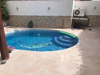 Todo en piscinas.