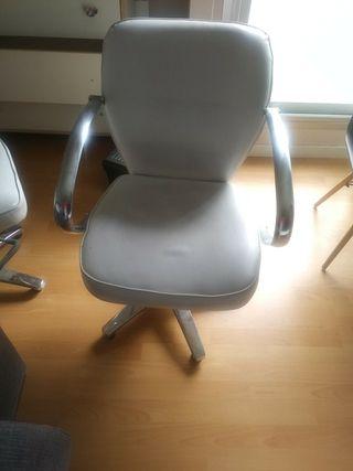 2 sillas de peluquería