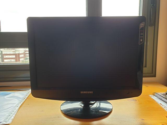 Monitor ordenador Samsung.