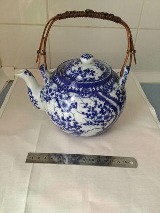 Tetera porcelana japonesa azul