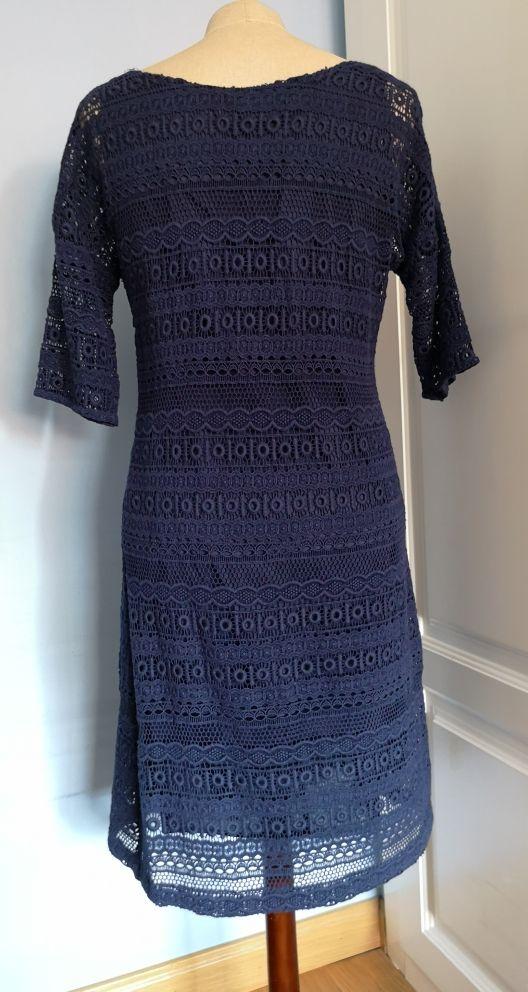vestido de guipur