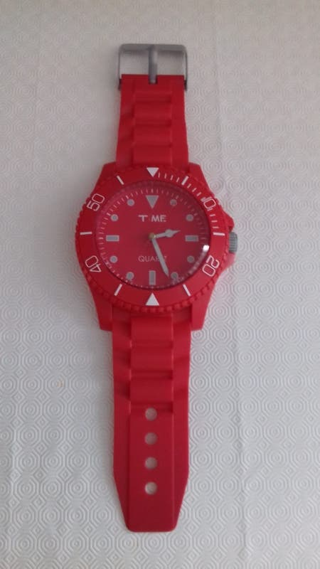 reloj pared rojo quartz