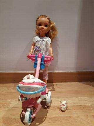 Nancy con bebé, mascota y conjunto de ropa