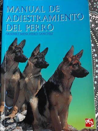 """Libro """"Manual de Adiestramiento del Perro"""""""