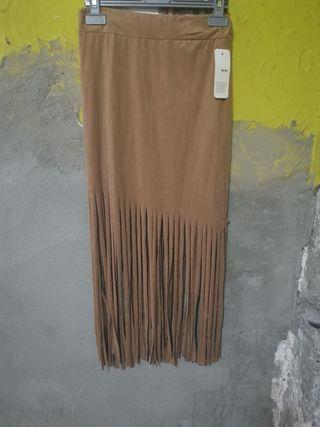 falda con flecos