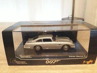 Aston Martin DB5 007 Minichamps