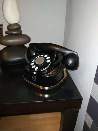 Teléfono antiguo baquelita, vintage