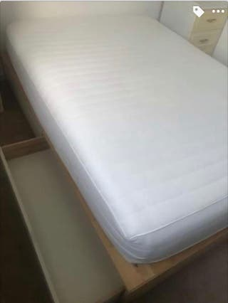 Double bed + double mattress