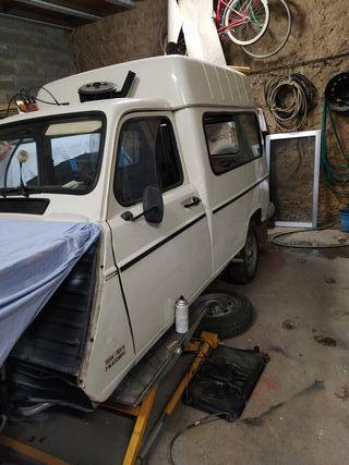 Renault 4L 88