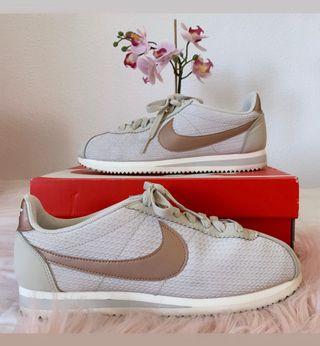 Zapatillas Nike de segunda mano en Rota en WALLAPOP