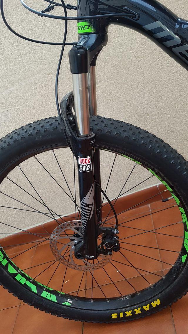 Bicicleta eléctrica MTB