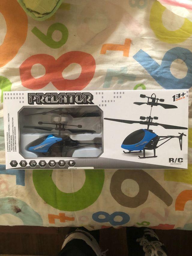 Elicoptero teleridiguido