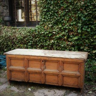 Arca, caixa antiguo de madera