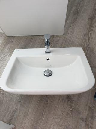 Lavabo nuevo con grifo Porcelanosa
