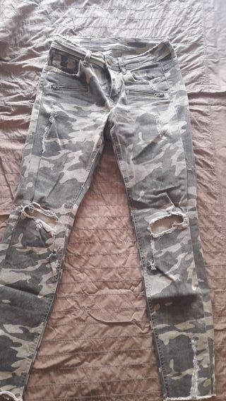 pantalones militares zara