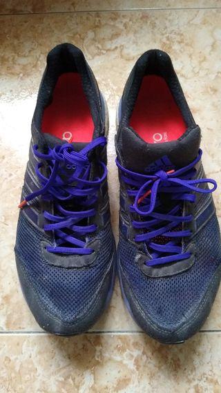 Zapatillas Adidas boston. Número 44