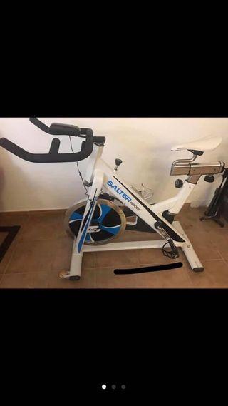 Bicicleta spinning SALTER indoor estática