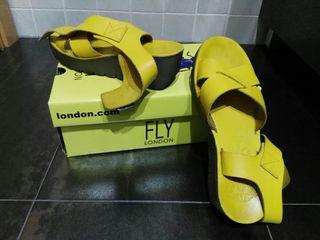 Sandalias Fly London