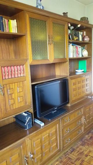 mueble de salón madera (mueblebar,TV,estanterías)