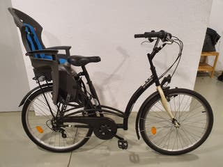 Bicicleta amb cadireta, bicicleta con silla
