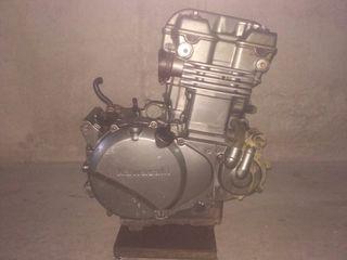 Motor Kawasaki kle