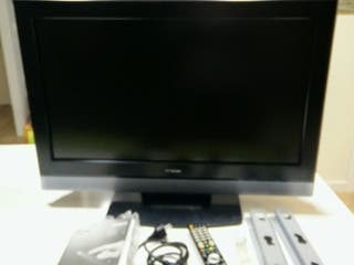 Hitachi LCD Digital 32'