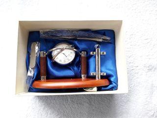 NUEVO reloj de mesa con abrecartas