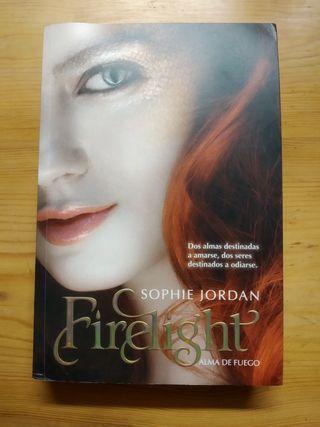 novela juvenil Firelight