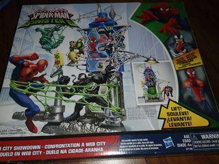 juguete torre spiderman