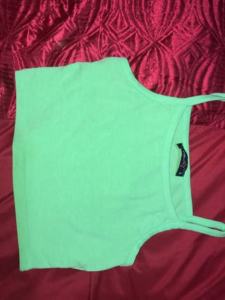 2 crop top for 1 price!!!