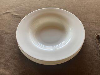 10 platos soperos grandes con bajoplato
