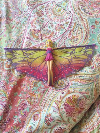 Muñeca voladora