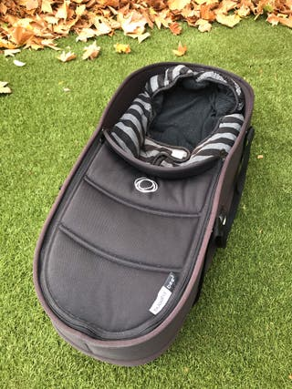 Capazo Bugaboo Bee 3 color negro.