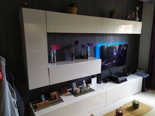 Mueble de salón y mesa elevable