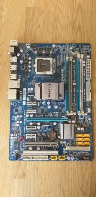 Placa base Asus 45nm vrd 11.1 +ddr3 2Gb