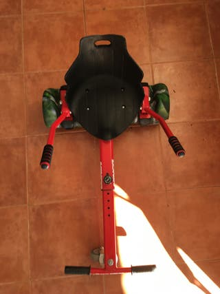 Hoverboard con funda y silla.