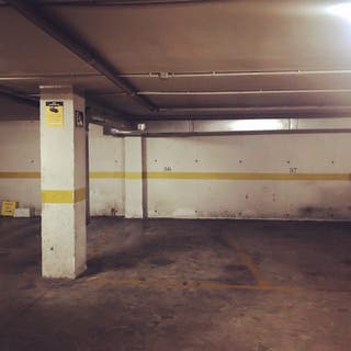 Cochera - Garaje - Parking en alquiler La Corchera