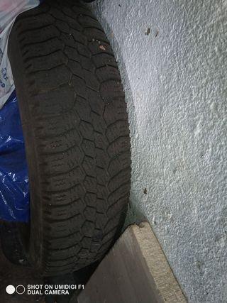 neumático de c15